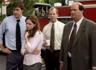"THE OFFICE -- NBC Series -- ""Fire"" -- Pictured: (l-r) John Krasinksi as Jim Halpert, Jenna Fischer as Pam Beesly, Paul Lieberstei as Toby, Brian Baumgartner as Kevin -- NBC Universal Photo: Paul Drinkwater FOR EDITORIAL USE ONLY -- DO NOT RE-SELL/DO NOT ARCHIVE"